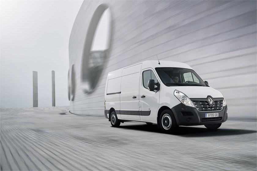 renault pro completa la gamma con il nuovo furgone elettrico master z e trasporti. Black Bedroom Furniture Sets. Home Design Ideas